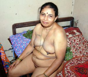 60+ old bhabhi fully nude photo