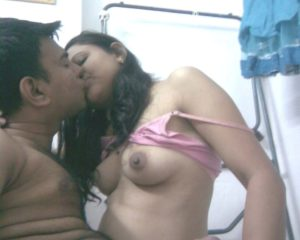 Desi Aunty nude tits kissing