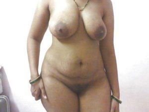 Desi Bhabhi full nude big boobs
