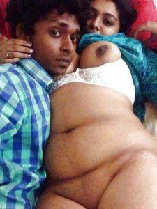 Desi Couple hot chubby girl nude with bf