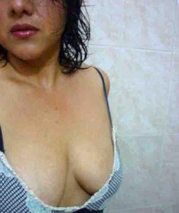 amateur desi aunty naked image