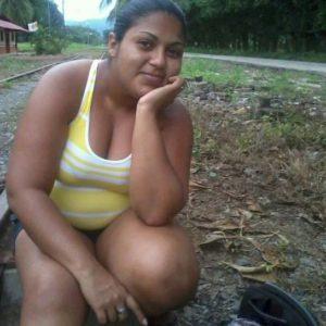 amateur desi bhabhi outdoors big boobs nude pic