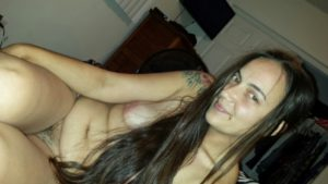 amateur desi bhabhi horny and nude pic