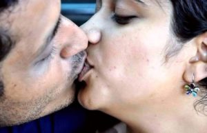 best desi liplock lip locking leaked naked photograph
