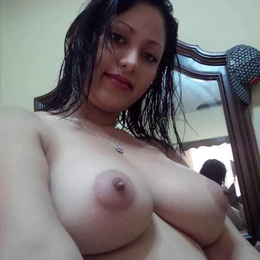Arielle kebbel porn ass