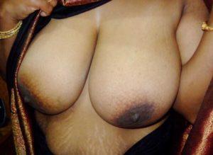 desi bhabhi huge boobs