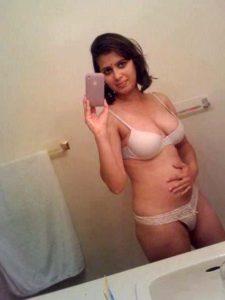 desi college chick xxx bikini xxx selfie