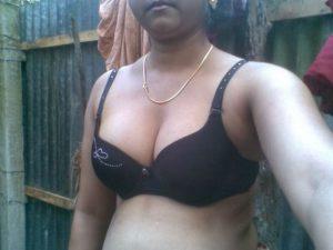 desi college girl nude pic