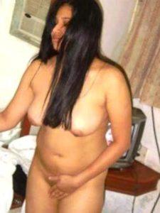 horny indian desi babe naked phornyo