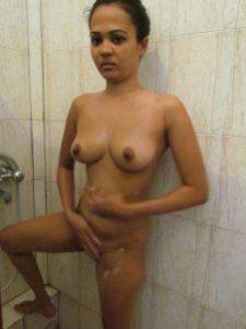 indian amateur girl fully nude bath xxx pic