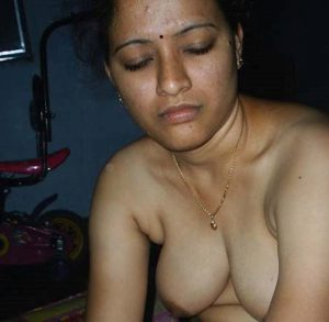 indian village bhabhi nude pic