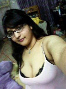 nude indian wife naked selfie