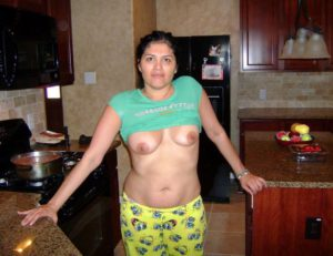 rich desi indian naked bhabhi showing her mast tits