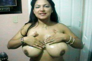 south desi shy bhabhi naked photo