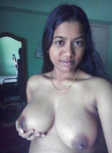 Desi Babe big tits hot