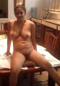 Desi Babe full nude perky tits shaved cunt