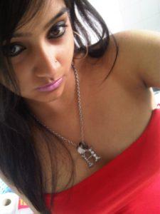 beautiful desi call centre girl naked photo