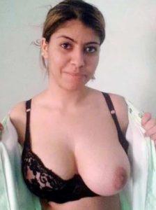 desi bhabhi huge tits nude hot pis