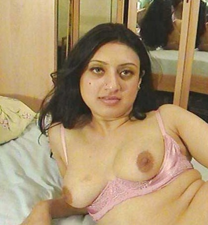 thin short small breasted mature women nude