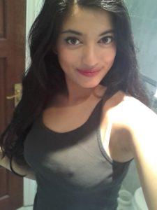 hot amateur desi girl naked leaked selfie