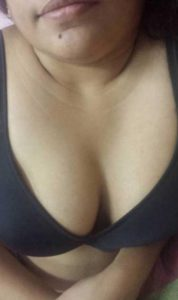 huge boobs horny aunty showing mast tits from blouse