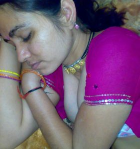 indian milf big boobs