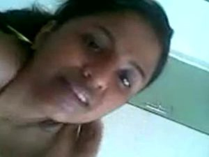 sexy desi housewife naked photograph