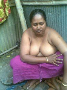 south desi milf busty boobs