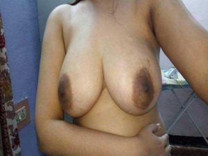 Amateur Bhabhi full nude big tits pic