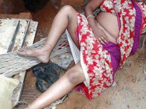 Desi Aunty hot n horny pic