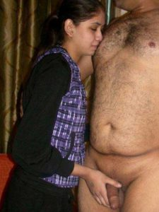 Desi Couple dick play pic