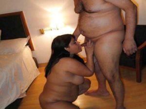 Desi Couple nude blowjob pic