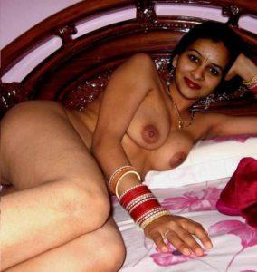 Desi Couple sexy nude xxx pic