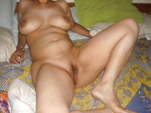 Desi Girl bigboobs nude wet horny pussy pic