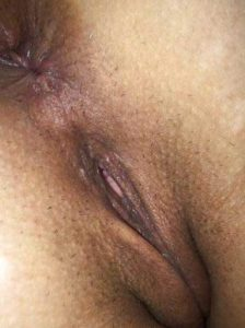 Desi Girl full nude shaved pussy ass pic