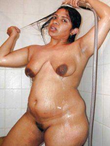 Desi aunty bathing nude big wet tits