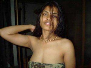 Desi bhabhi hot sexy pic
