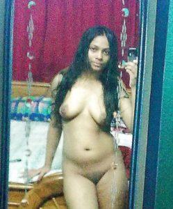 amateur desi babe nude image