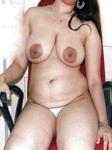 desi aunty full nude hot big tits pic