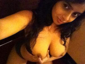 desi indian babe playing with her tits