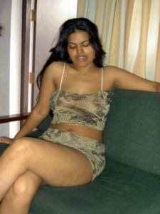 desi indian chick nude pic