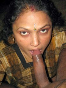 desi sexy mature milf sucking big lund
