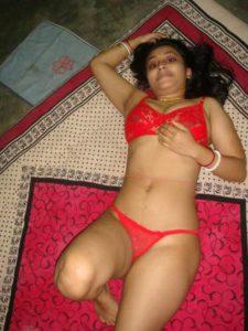 horny desi indian babe nude phornyos