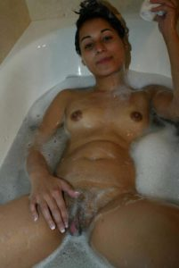 horny indian college hottie nude bath pictures