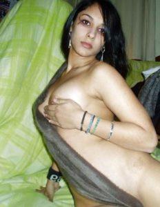 hot indian amateur babe nude photos