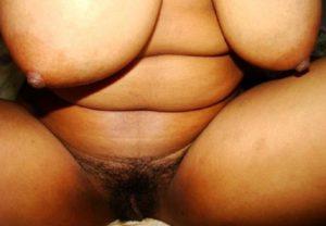 indian amateur milf huge tits