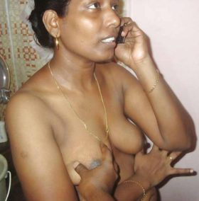 indian mature housewife nude photo