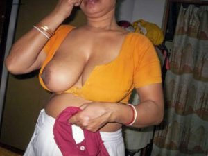 indian village mature housewife big tits