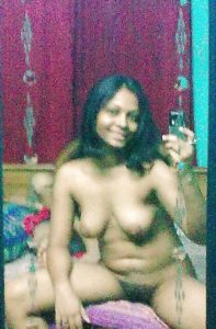 naked desi hottie xxx image