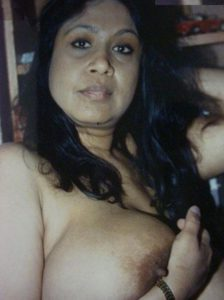sexy indian mature housewife nude big tits
